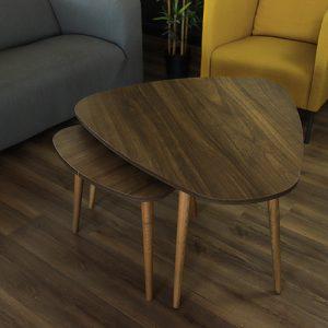 طاولة قهوة من الخشب
