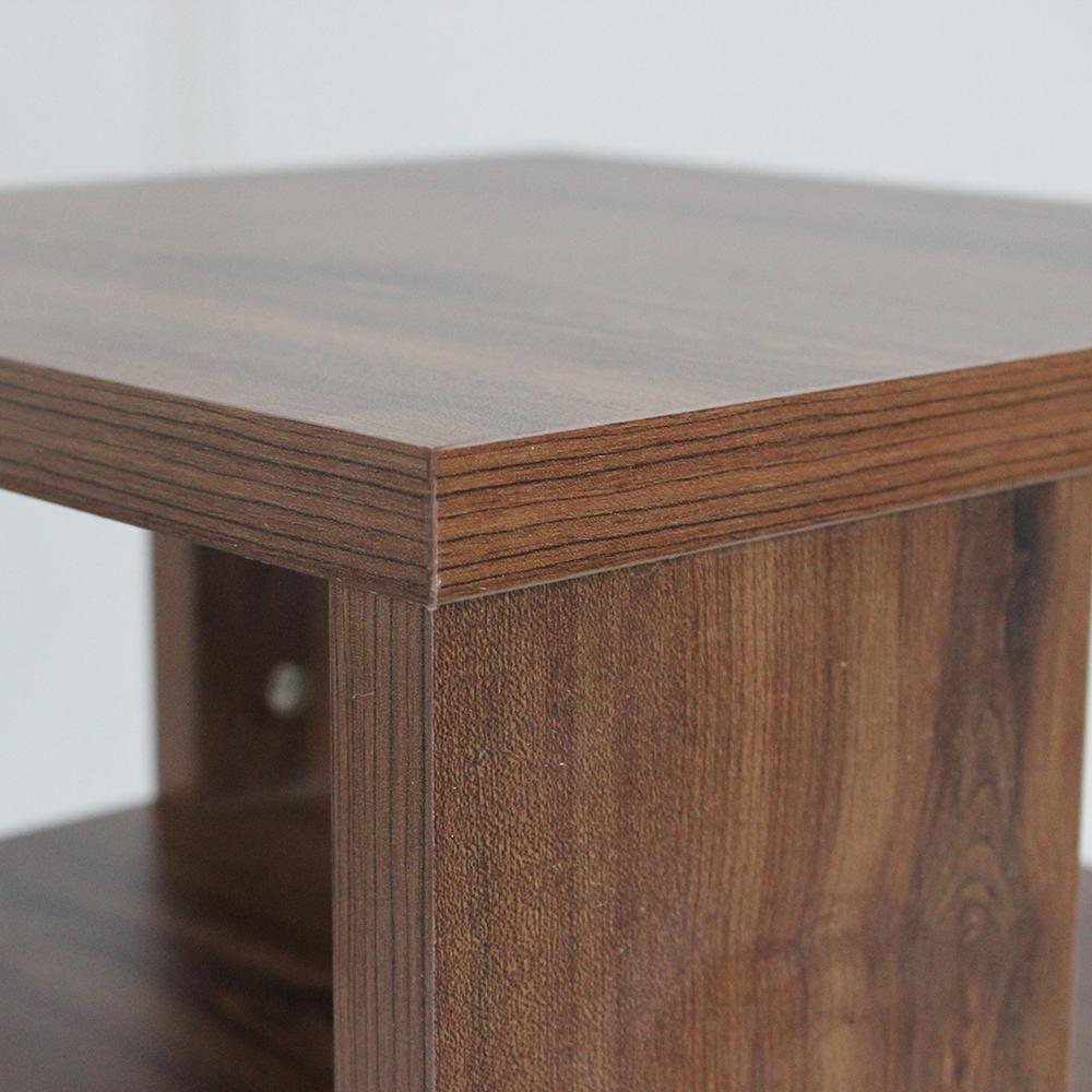 سطح خشبي لطاولة تخزين