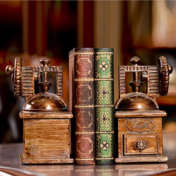 أرفف الكتب من دفتين موديل بولهورن لترتيب الكتب بديكور جميل