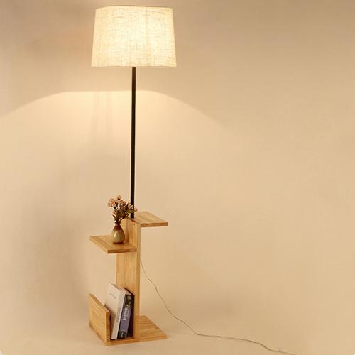 أباجورة وطاولة أرضية موديل لايت ون قاعدة خشبية وغطاء من قماش الكتان